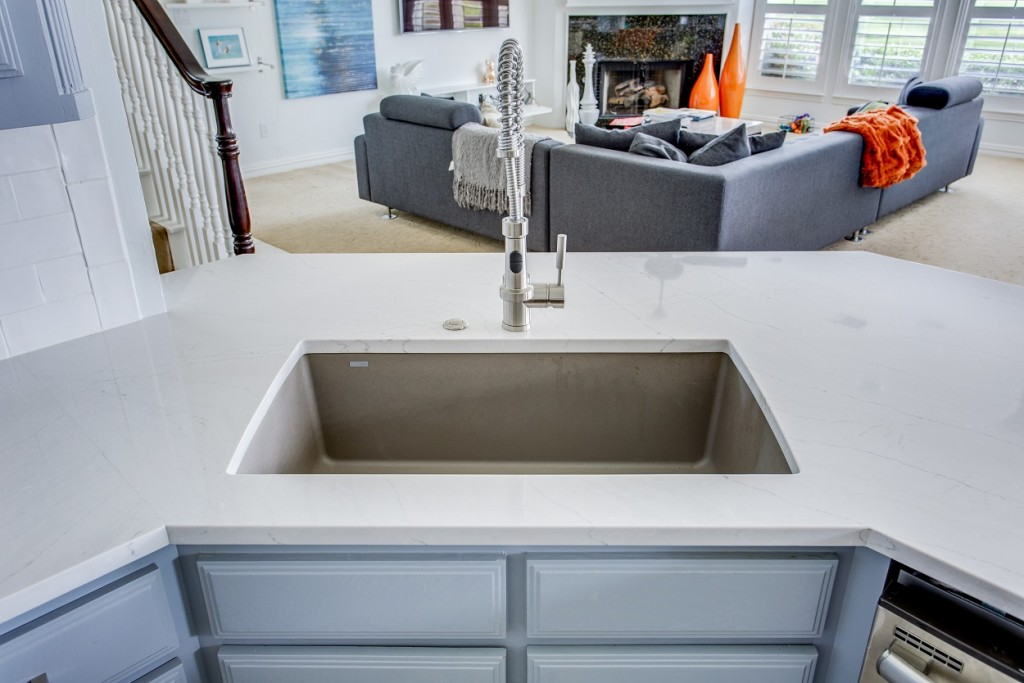 easy to maintain kitchen counters