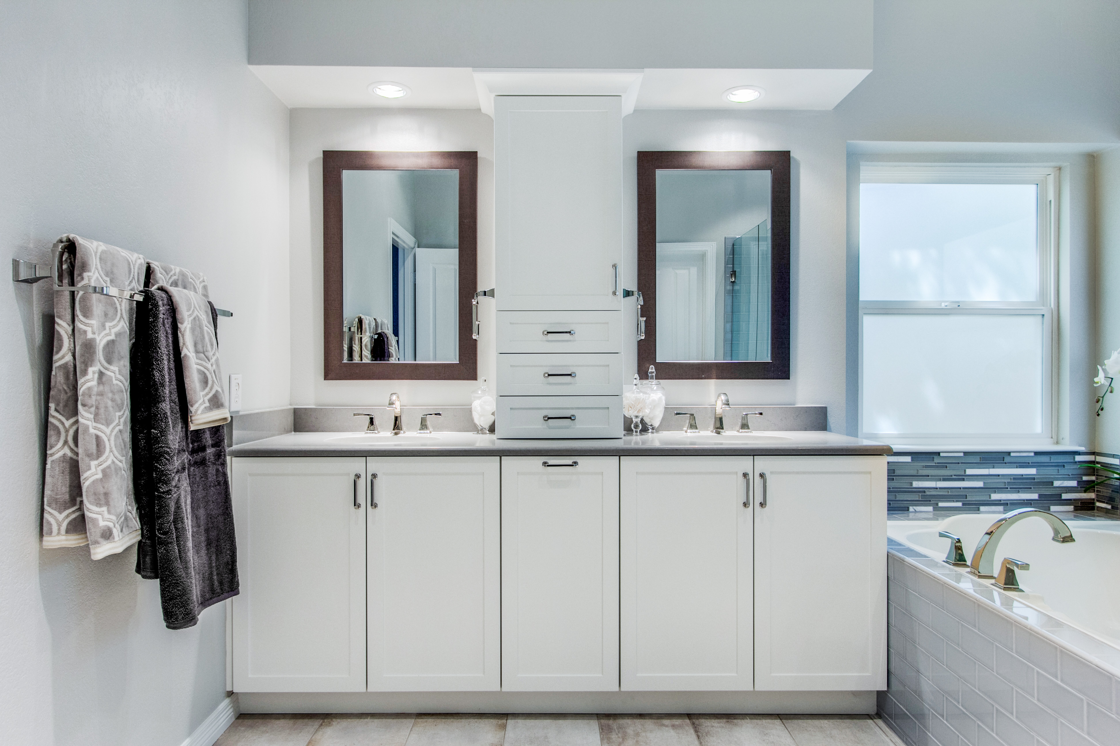 Snappy kitchens for Bath remodel dallas