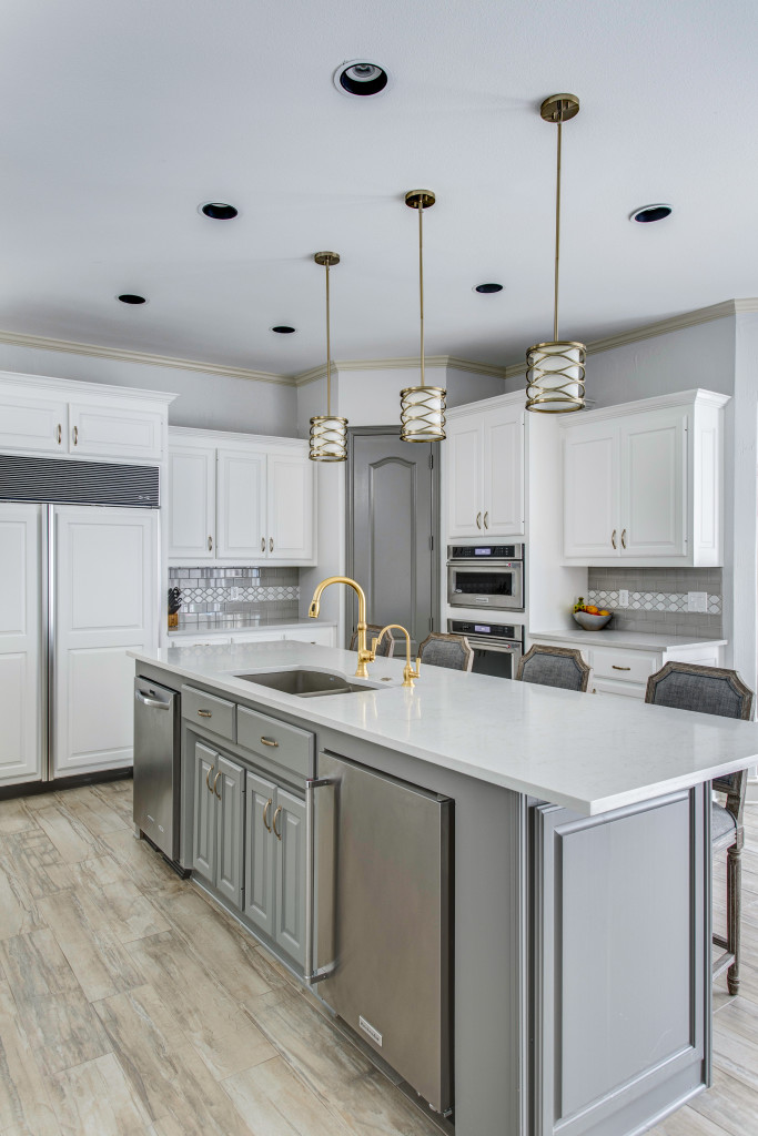 Two tone or Tuxedo Cabinetry in Dallas