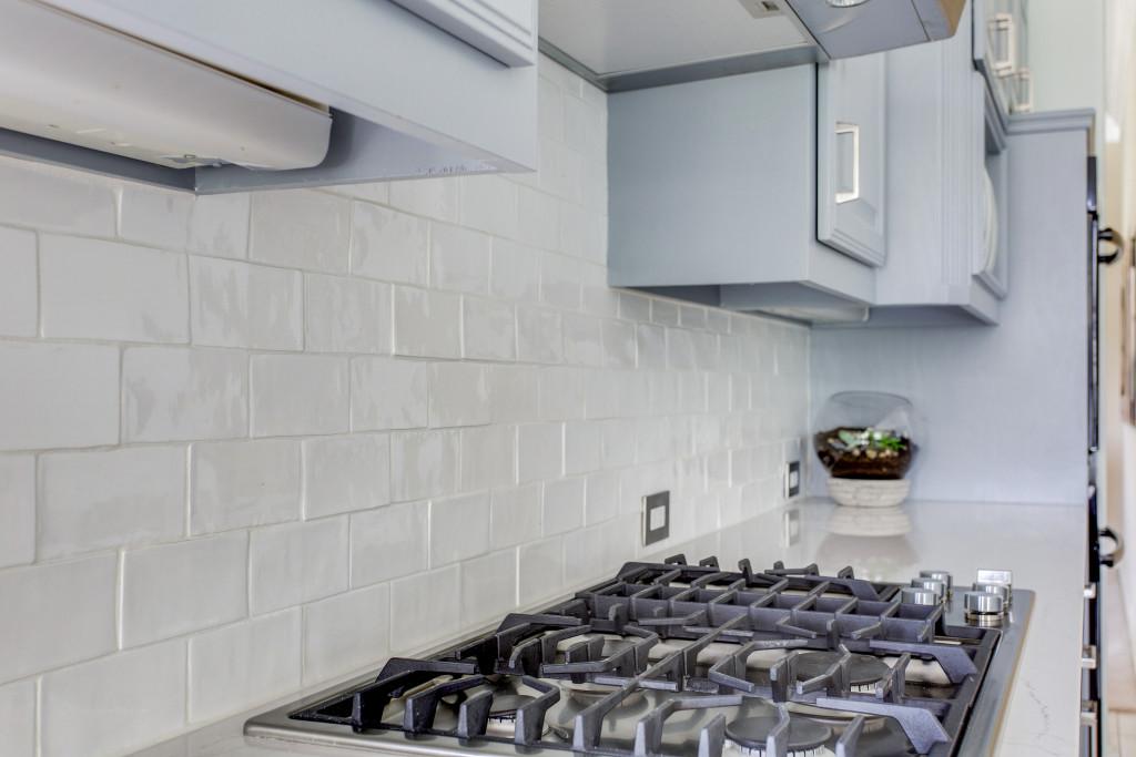 textured kitchen tile - dallas kitchens