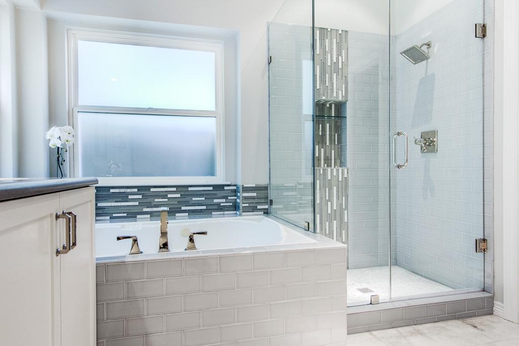 Master Bath Must Haves True Dallas Luxury Snappy Kitchens